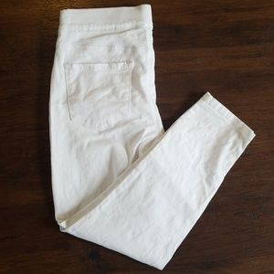 Nine West white pull on skinny crop jeans 10